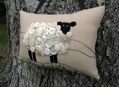 Fun use of buttons! ~ Ireland Sheep Button & Embroidery Pillow ~ This is really cute. Velez Velez Velez Velez Velez Velez Rogers- gift idea for Christmas - EK's Fabric Crafts, Sewing Crafts, Sewing Projects, Craft Projects, Diy Crafts, Button Art, Button Crafts, Pin Cushions, Pillows