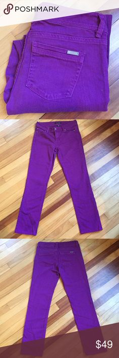 "💕White House Black Market Slim Leg Purple Jeans Great purple ""berry"" jeans by White House Black Market. In EUC with no signs of wear. Waist 14.5""; Rise 7.5""; Inseam 27"". White House Black Market Jeans"