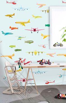 Behang vliegtuig van Studio Onszelf uit de collectie Sweet Baby. #Kinderkamer #behang #nursery #wallpaper