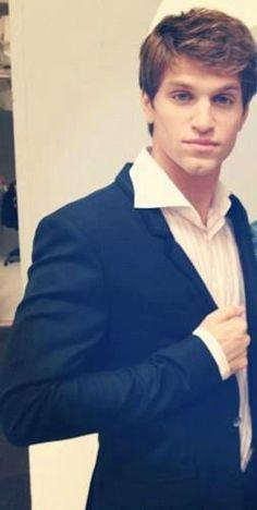 Keegan Allen. He is ridiculously good looking.
