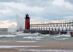 South Haven, MI- aah... I love lighthouses
