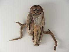 Driftwood Owl. I love how it's attached to the branch. Clever. Need to remember.