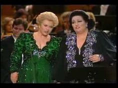 """Montserrat Caballé and Marilyn Horne in concert singing the duet """"Belle Nuit"""", also known as Barcarolle from Les Contes d'Hoffmann by Offenbach. Munich, 1990"""