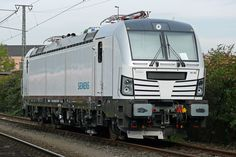 Trains and locomotive database and news portal about modern electric locomotives, made in Europe. Electric Locomotive, Diesel Locomotive, High Iron, Rolling Stock, Train Tracks, Commercial Vehicle, Transportation, Classic, Vehicles