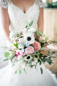 bouquet with anemones - photo by Melody Gillikin Photography http://ruffledblog.com/irish-mist-wedding-inspiration #weddingbouquet #bouquets