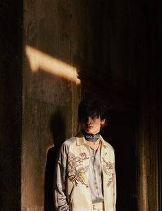 'Simmery Fantasia' (AnOther Man), Alistair Waterfield shot by Julia Hetta and styled by Ellie Grace Cumming.