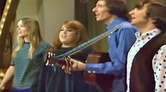 California Dreamin'- Mamas & The Papas - YouTube