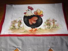Pano de copa com barrado em tecido de algodão , aplicação e pintura R$ 25,00
