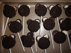 Good Tutorial on how to make the Mickey Mouse Oreo Cookies