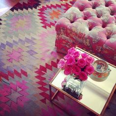 furbish studio pink kilim rug, pink toile tufted ottoman - My-House-My-Home Discount Area Rugs, Sala Grande, Home Decoracion, Tufted Ottoman, The Design Files, My Dream Home, Decoration, Interior Inspiration, Rugs On Carpet