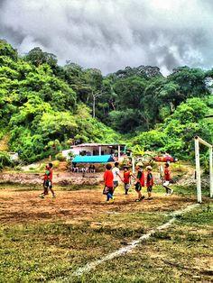 Futbol in the mud, NAY