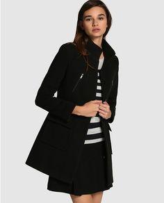 Abrigo de mujer Fórmula Joven negro con cuello alto Abrigos Negros ec737765bb3f