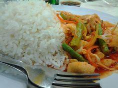 This called NASI PADPRIK!! Thai food..