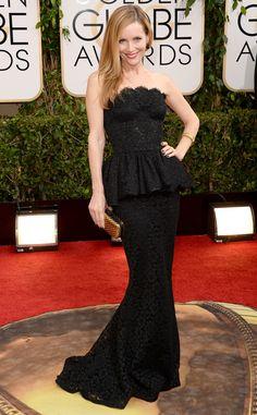 Leslie Mann in Dolce & Gabbana | 2014 #GoldenGlobes #redcarpet