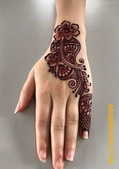 50 Most beautiful Modern Mehndi Design (Modern Henna Design) that you can apply on your Beautiful Hands and Body in daily life. Latest Arabic Mehndi Designs, Henna Designs Feet, Full Hand Mehndi Designs, Finger Henna Designs, Mehndi Designs For Girls, Mehndi Designs 2018, Mehndi Designs For Beginners, Modern Mehndi Designs, Dulhan Mehndi Designs