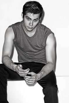 Dylan+O'Brien's+Fame+Gets+in+the+Way+of+His+Chipotle+Runs - ELLE.com