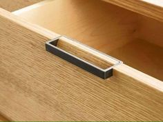 furniture details Always makes you wonder why it takes thousands of years to think of the obvious. Furniture Handles, Diy Furniture, Furniture Design, Plywood Furniture, Cabinet Handles, Door Handles, Kitchen Drawer Handles, Joinery Details, Showcase Design