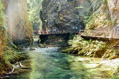 Garganta Vintgar - Que ver en Eslovenia Travel Guide, Fields, Portugal, Places To Visit, Europe, River, World, Outdoor, Beautiful
