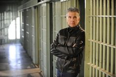 John-Walsh-on-Americas-Most-Wanted.