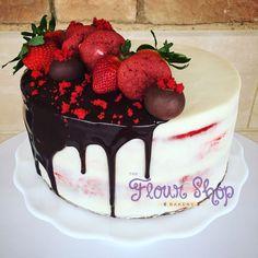 Red Velvet Decadence Cake by @flourshoptx Red velvet. Drip cake. Birthday cake.