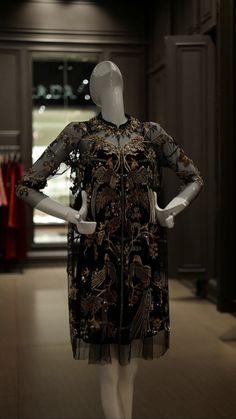 Kebaya Hijab, Kebaya Brokat, Kebaya Dress, Dress Brokat Modern, Kebaya Modern Dress, Big Dresses, Vintage Dresses, Girls Dresses, Gaun Dress