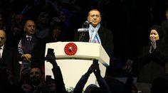 """Erdogan: Turki tidak akan terjebak oleh teror  TRABZON (Arrahmah.com) - Presiden Turki Recep Tayyip Erdogan pada Ahad (18/12/2016) mengatakan bahwa Turki tidak akan terganggu oleh teror disaat Turki tengah berjuang menuju cita-citanya.  """"Kami tidak akan jatuh ke dalam perangkap ini"""" kata Presiden.  Erdogan menambahkan walaupun harus berjuang melawan teror """"kami akan terus melakukan investasi kami meluncurkan proyek-proyek kami dan berjalan menuju tujuan kami"""".  Dalam sambutannya tersebut…"""