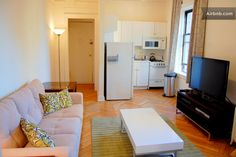 Suite 96 - Super Bright on Broadway in New York