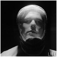 Andreas FEININGER :: Portrait of a Man wearing a fancing mask, 1955