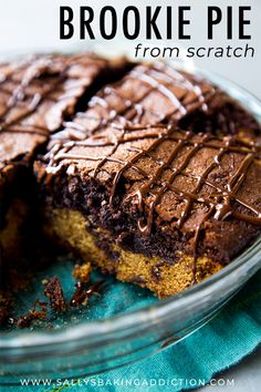 If you can't choose between chocolate chip cookies or brownies, have both in thi… If you can't choose between chocolate chip cookies or brownies, have both in this brookie pie! Recipe on sallysbakingaddic… Köstliche Desserts, Best Dessert Recipes, Sweet Recipes, Delicious Desserts, Yummy Food, Chocolate Desserts, Healthy Desserts, Brownie Cookies, Soft Chocolate Chip Cookies