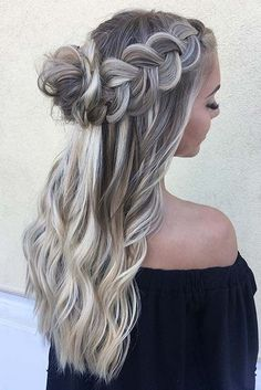 Long hairstyles that are just the cutest for Valentine's Day. Our ideas will make your the most beautiful for your boyfriend.