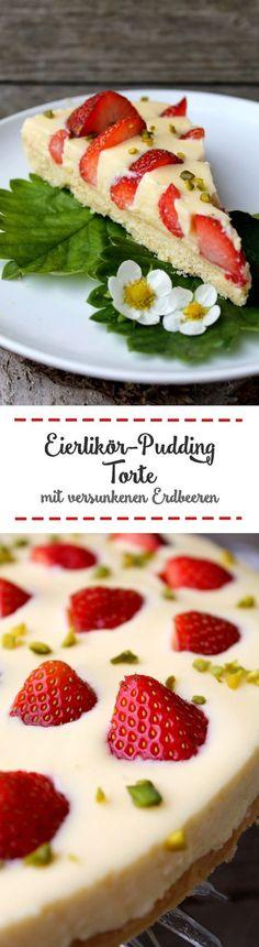 Eierlikör-Pudding-Torte mit versunkenen Erdbeeren