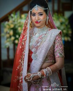 A raani color with some smokey eyes & lots of jewellery is surely making us in LOVE with this bride ! Would you wear… Indian Bridal Fashion, Indian Wedding Jewelry, Indian Jewelry, Indian Weddings, Bridal Looks, Bridal Style, Pattu Sarees Wedding, Bridal Sarees, Hindu Bride