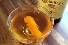 Brainstorm - Add the Irish whiskey, dry vermouth and Benedictine to a chilled mixing glass. Add ice and stir until well chilled. Strain into a chilled cocktail glass. Garnish with the Orange twist.