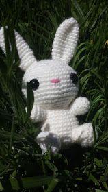 HexKex Virkar: Den Vita Kaninen - Gratis Mönster! Amigurumi Patterns, Crochet Patterns, Baby Barn, Yarn Projects, Some Ideas, Baby Sewing, Crochet Yarn, Marie, Diy And Crafts