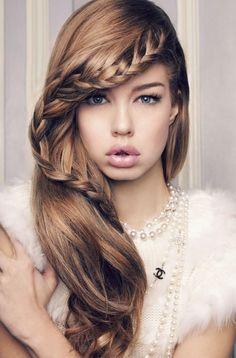 愛され髪をめざそう♪【セミロング&ロング】海外オシャレ女子から学ぶヘアアレンジ9選 | ガジェット通信