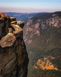 Comparateur de voyages http://www.hotels-live.com : Taft Point Yosemite National…