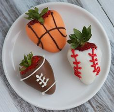 @Dimi Darmos i want to put these on top of the kuppies for the football team.. i can make the frosting green... :)