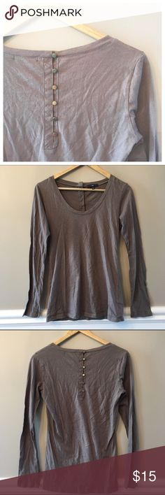 {GAP} Button Detail Top This top is a subtle way to amp up your casual wardrobe!  The front has a shallow v-neck while the back has unique button detailing.  EUC!  100% Cotton. GAP Tops Tees - Long Sleeve
