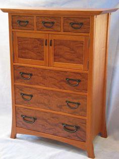 Tansu Dresser