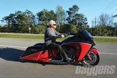 Arlen Ness, Ness Customs, bagger, Victory Vision, Victory Motorcycles