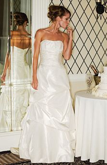 Judd Waddell : Style No. 37 : Wedding Dresses Gallery : Brides