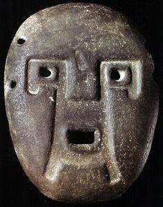 Máscaras antropomorfas de Piedra. Culturas Tafí y Condorhuasi.