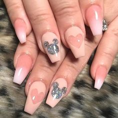Inspiring Disney Nails Ideas For You To Try Now . - de disney Inspiring Disney Nails Ideas For You To Try Now Disney Acrylic Nails, Cute Acrylic Nails, Acrylic Nail Designs, Simple Disney Nails, Simple Nails, Disney Nails Art, Glitter Nails, Classy Nails, Disneyland Nails