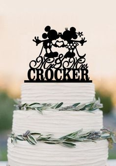 Custom Wedding Cake Topper, Mouse Cake Topper,Mr and Mrs with last nam – DokkiDesign