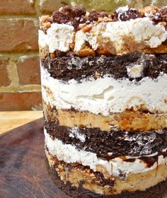"""Momofuku Style"" S'mores Layer Cake with Chocolate Fudge Cake, Malted Cake Soak, Malted Fudge Sauce, Graham Ganache, Graham Cracker + Chocol. Beaux Desserts, Just Desserts, Delicious Desserts, Baking Desserts, Cake Baking, Chocolate Malt, Chocolate Fudge Cake, Sweet Recipes, Cake Recipes"