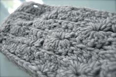 Scarf Fashion - Merinos Wool - crochet
