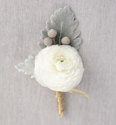 Winter Wedding Boutonniere Ideas: Ranunculus Blooms I think I really like this? Winter Boutonniere, Ranunculus Boutonniere, Wedding Boutonniere, Boutonnieres, Winter Wedding Flowers, Purple Wedding, Floral Wedding, Trendy Wedding, Winter Weddings