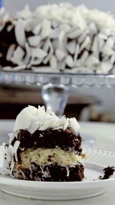 Essa receita de bolo prestígio é simplesmente maravilhosa.