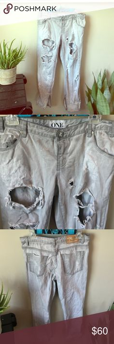 """One Teaspoon Trashed Freebirds Amazing pants!!! Only Reposhing bc they don't look great on me! They are the low waist, short rise, rigid skinny leg, 7/8 length, extreme distressing. Beautiful condition- only """"flaws"""" I can't find are the intentional ones 😊. (Pants are a little stiff from air drying) 👍 priced to get what I paid with posh fees :) One Teaspoon Jeans"""