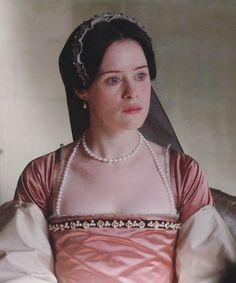 Wolf Hall, Anne Boleyn, Fashion Tv, Cool Costumes, Queen Anne, Movies, Tops, Women, Films